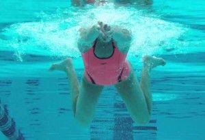 Breaststroke - perfect your swimming stroke https://www.sports-fitness.co.uk/blog/improving-swimming-strokes-breaststroke/
