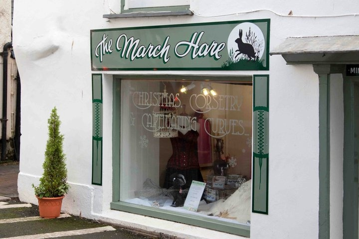 The March Hare, Looe, Cornwall, UK. A lovely shop run by a friend. Specialising in 1950's style vintage dresses and lingerie.: Marching Haring, 1950S Styles, Speciali, Vintage Dresses, Vintage Wardrobe, Magick Haring, Styles Vintage, 1950 S Styles, Cornwall