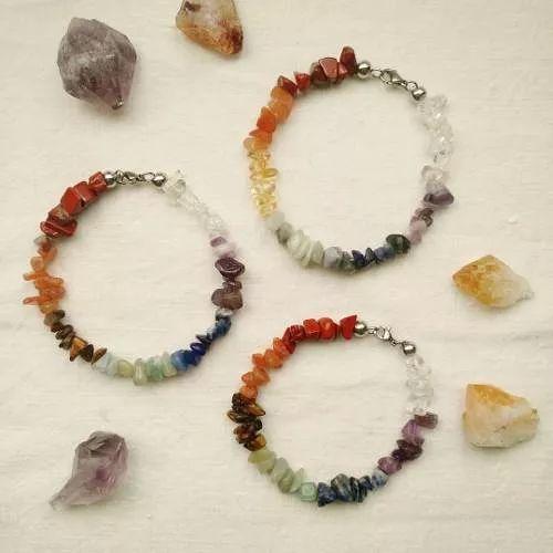 Pulsera De Los 7 Chakras En Piedras Naturales Y Acero - $ 200,00