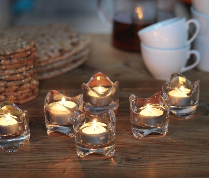 Малък акцент, способен да внесе празничност и топла магична атмосфера у дома. http://www.ikea.bg/search-results/?q=V%C3%84SNAS