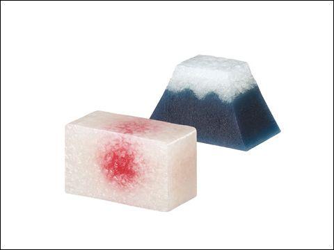 とらや 羊羹のたのしみ展 「祝日」 (2010) 羊羹とポスター AD & Design: Norio Nakamura