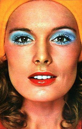 Znalezione obrazy dla zapytania makijaż lata 70