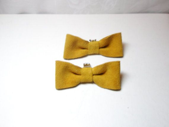 Shoe Clips  Yellow Bow   Suede Mustard  shoes by LeatherAndFlower