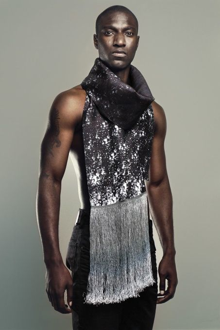 Lee Lapthorne Spring/Summer 2012 Menswear Lookbook: Dramatic Prints, Dedicated Details & Artistic Modern Men's Fashion Structure