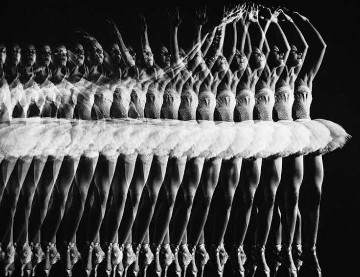 Black and White Movements Photography by Gjon Mili – Fubiz Media / Long exposure
