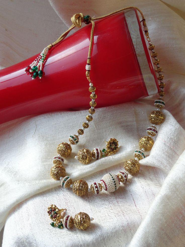 Gold choker. Dangling ear ring. Ethnic Indian wedding necklace. Indian – Artikrti