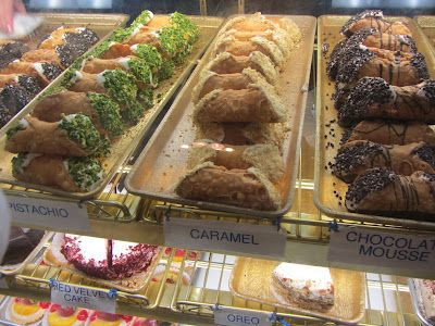 Boston: Mike's Pastry