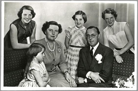 Koninklijke familie, begin jaren '50