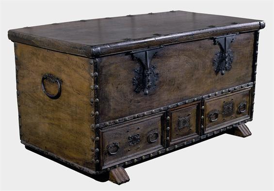 17 best images about antique trunk on pinterest