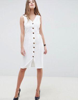 41bd5eff3785 ASOS DESIGN – V-ringad klänning med sköldpaddsmönstrade knappar | Student  in 2019 | V neck dress, White dress und Little white dresses