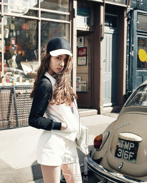 Crystal from F(X) 크리스탈의 :: Vogue Girl Korea