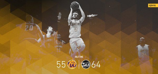 Kobe Bryant (15 pts) and Marcelo Huertas (11 pts, 3 ast) provide plenty of highlights in the first half. 3/10/2016