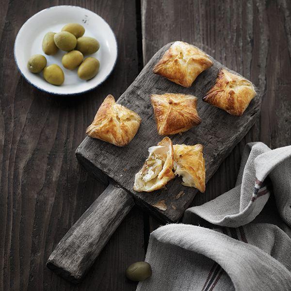 Små pakker med ricotta og oliven