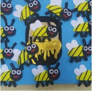 Bees  sc 1 st  Pinterest & 129 best Paper Plate Arts u0026 Crafts images on Pinterest | Paper ...