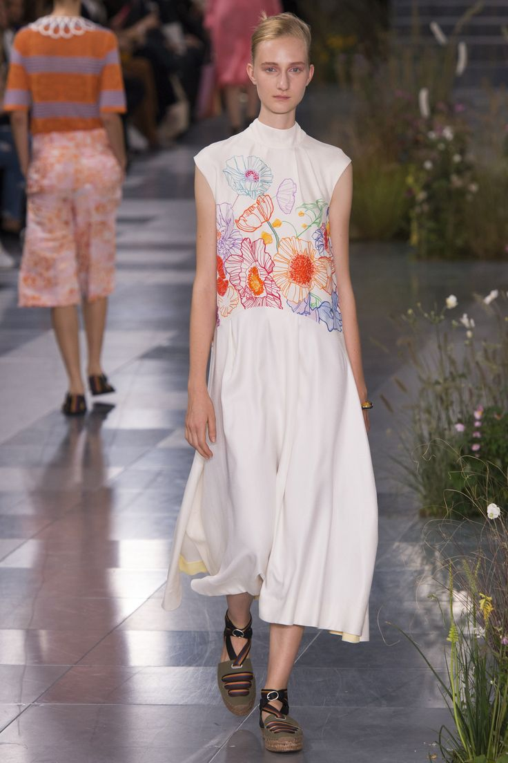 Paul Smith Spring 2017 Ready-to-Wear Fashion Show