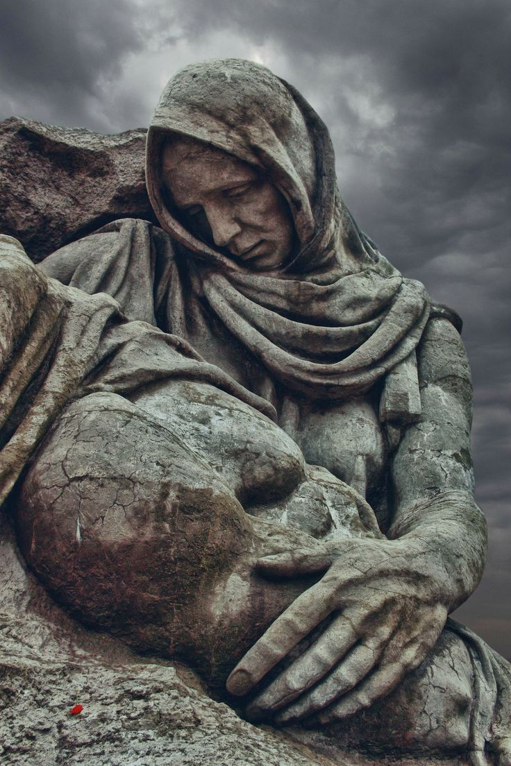 what a gift to have to be able out of stone to project the grief!  simply beautiful.