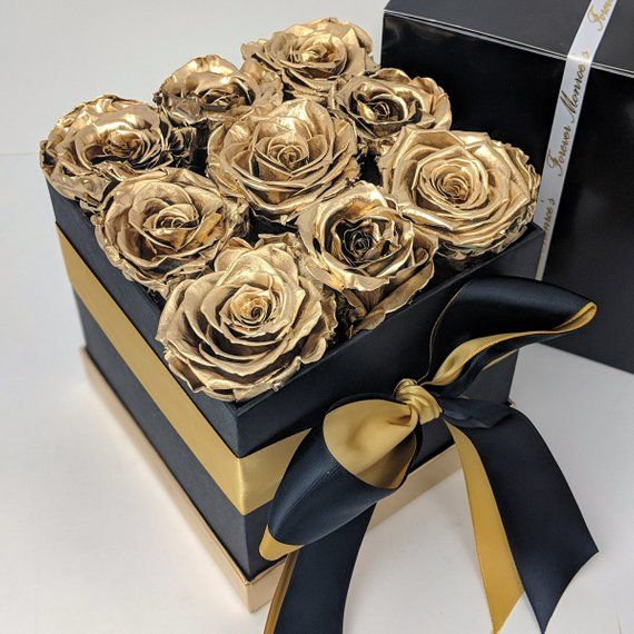 Box Of Gold Roses That Last For Yearsgold Bouquet Etsy Flower Box Gift Flower Gift Diy Roses