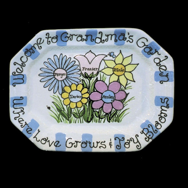 Grandma 39 s favorite plate creative pottery painting for Creative pottery painting ideas