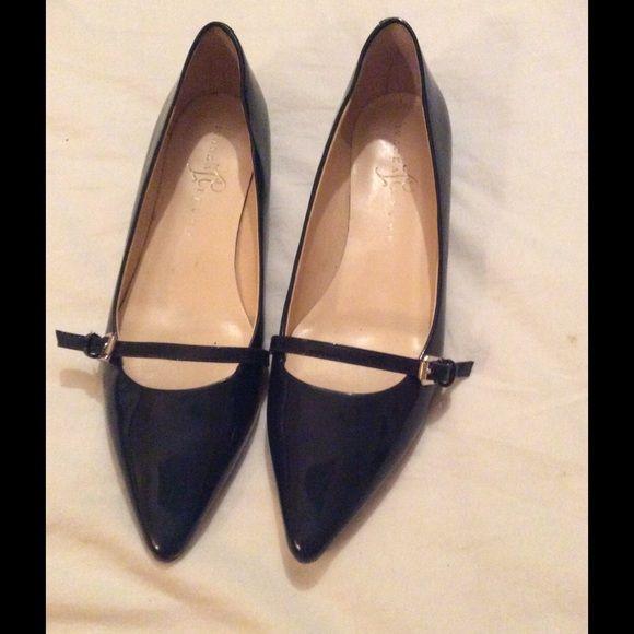 Ivanka Trump patent leather flats Ivanka Trump navy patent leather flats, size 8 Ivanka Trump Shoes Flats & Loafers