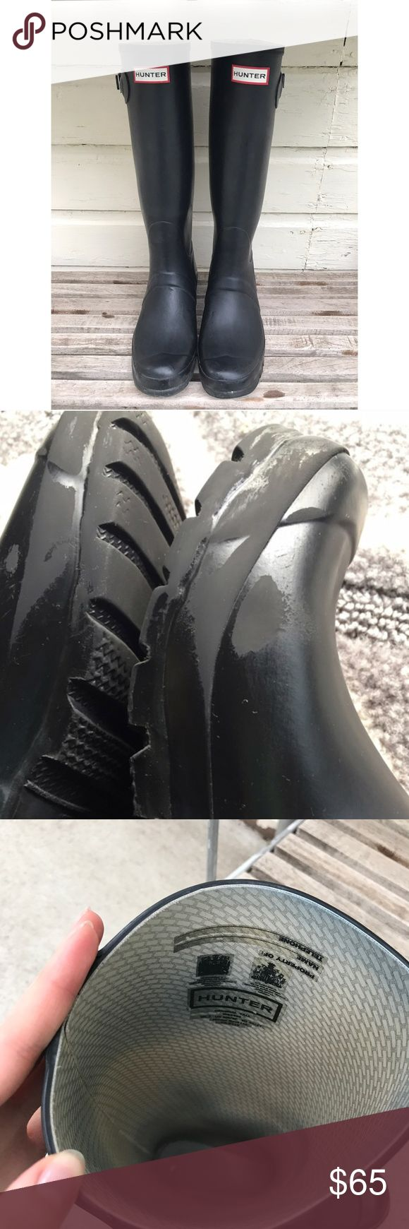 Hunter Boots 🖤☔️ Size 9! In good condition. Not perfect! Has some skuffs on toes, and bottom part as pictured. You can't tell when wearing. Only selling because I want a short pair 😊😍 the inside has some denim stains but you obviously are gonna be the only one that knows that. There is some peeling on the inside heel has pictured. No trades. I also have socks listed! 🖤☔️ Hunter Shoes Winter & Rain Boots