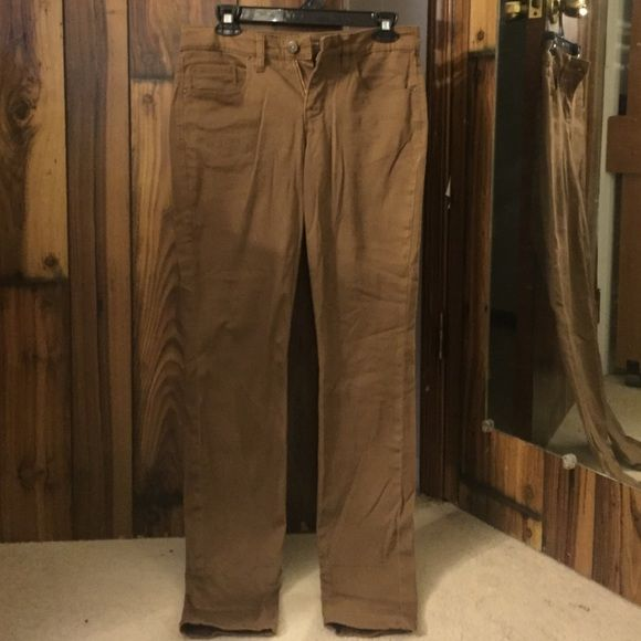 Brown pants Brown pants. Comfortable and stretchy. Been worn once. Style & Co Pants Skinny