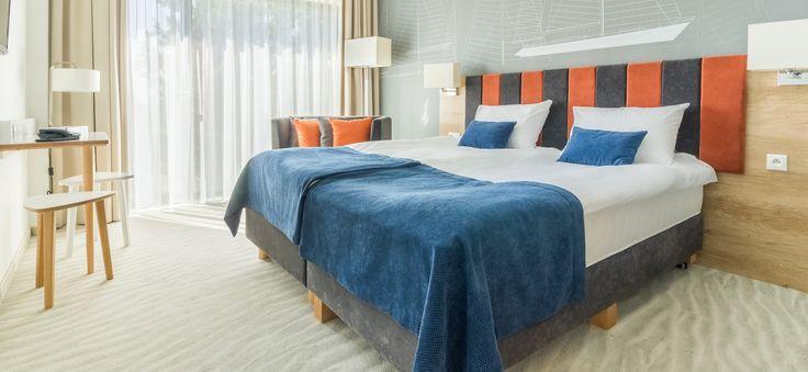 Hotel posiada w swojej ofercie pokoje typu: Standard,Studio, Junior Suite oraz Apartament