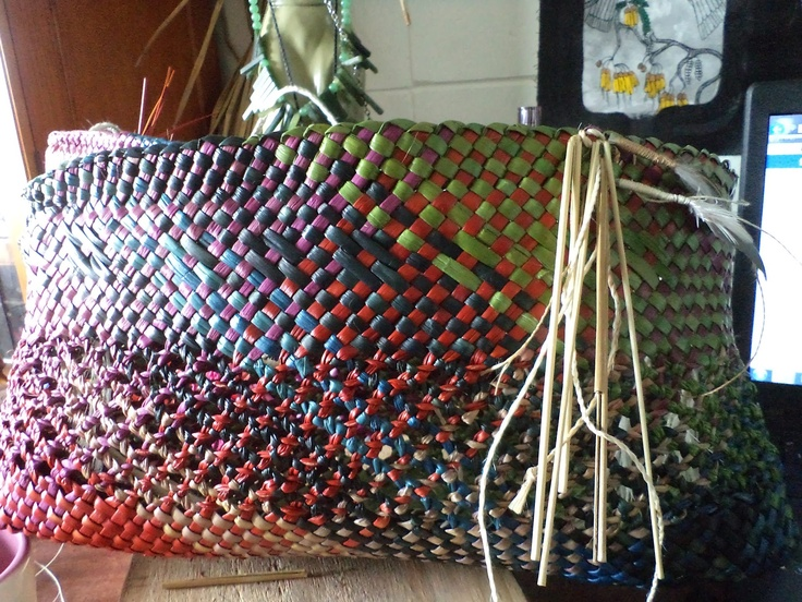 The 'open' weave in this kete is lovely