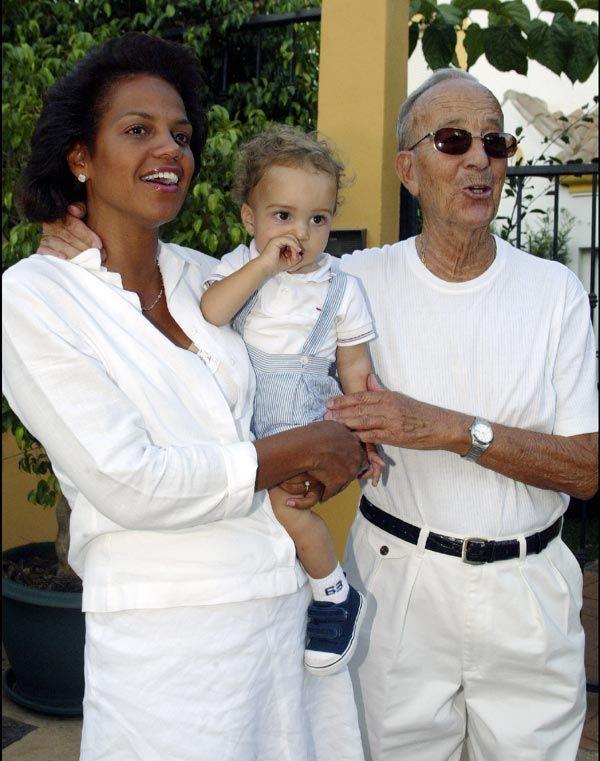 Los hermanos pequeños de Julio Iglesias, Jaime y Ruth, de 8 y 10 años, dos artistas más en la saga