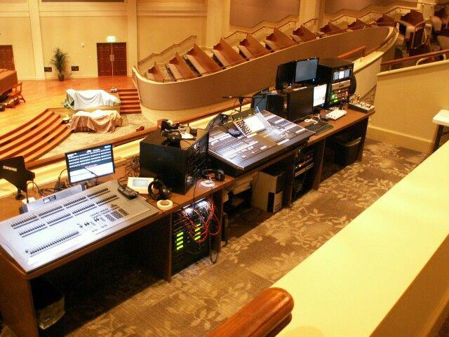 Church soundbooth layout