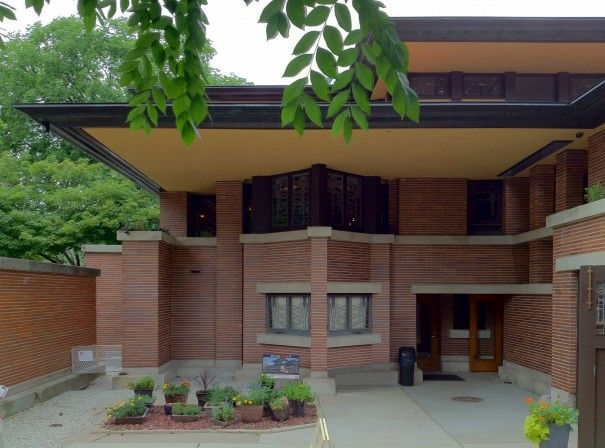 1000 images about frank lloyd wright prairie houses on for Frank lloyd wright prairie house