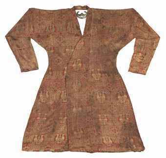 Silk tunic in Seljuk 11 12 th century during the Crusades