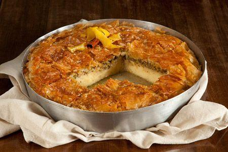Γαλακτομπούρεκο με φιστίκι Αιγίνης - Συνταγές   γλυκές ιστορίες
