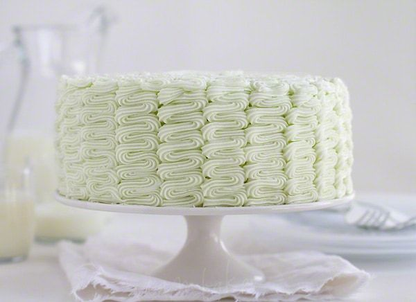 The Perfect {Bakery Style} White Cake