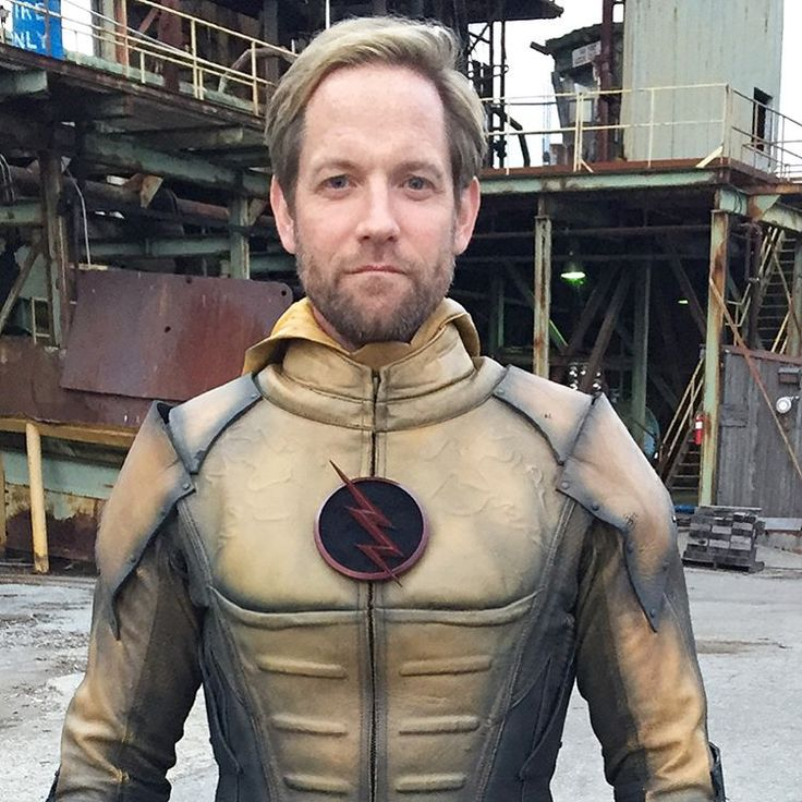 """9,297 mentions J'aime, 218 commentaires - Matt Letscher (@realmattletscher) sur Instagram : """"People often ask about having to play Eobard Thawne on two different shows. Swipe through these…"""""""