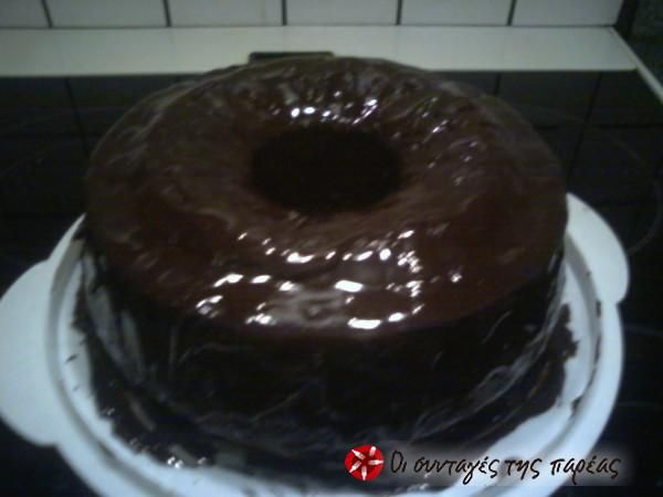 Λαχταριστό κέικ σοκολάτας #sintagespareas