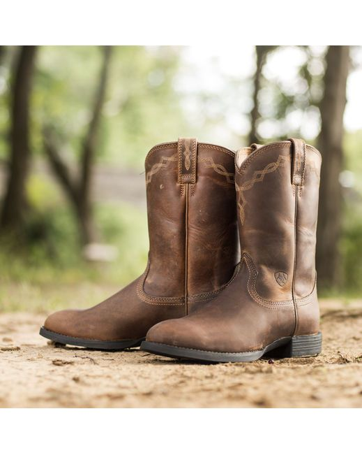Ariat Women's Heritage Roper Boot - Distressed Brown  http://www.countryoutfitter.com/products/28084-womens-heritage-roper-boot-distressed-brown
