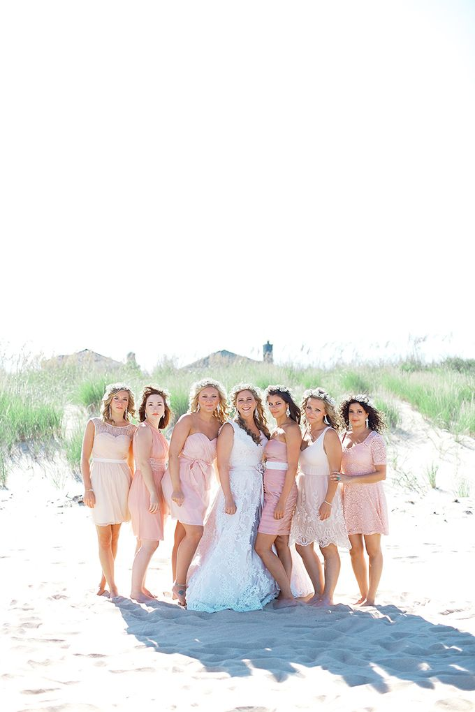 damas de honor no coincidentes de color rosa