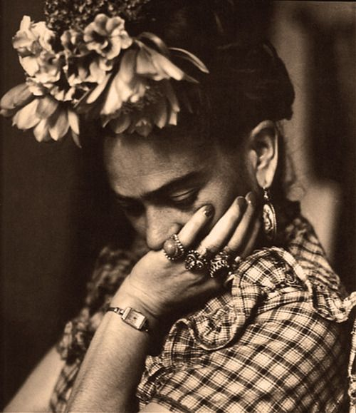 Frida Kahlo | #celebritystyle #bijoux #jewels