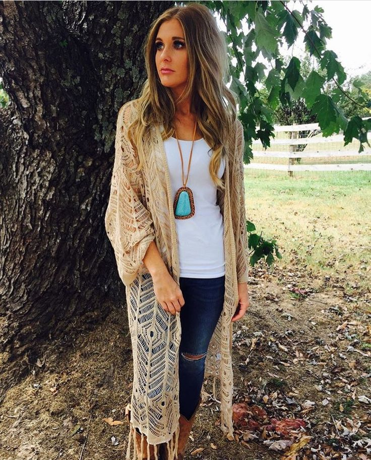tank top, worn jeans with long boho kimono