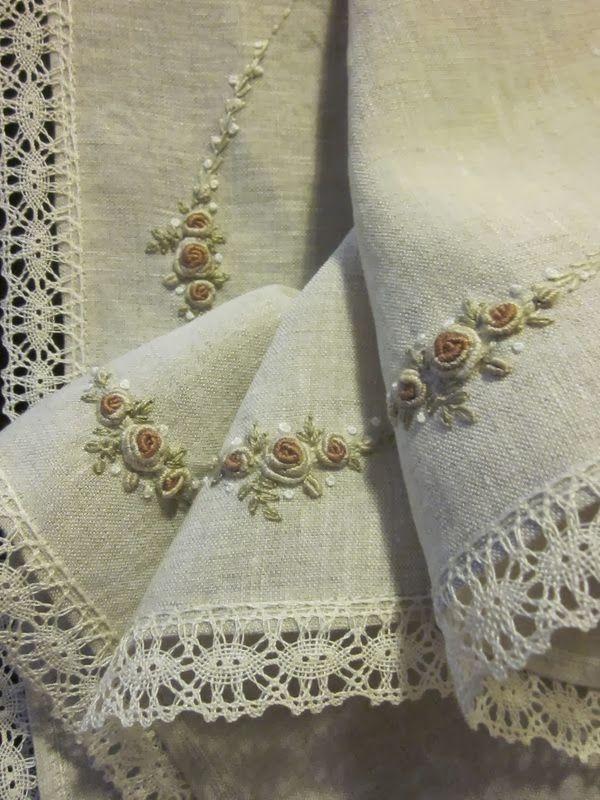 Love handkerchiefs                                                                                                                                                     Más