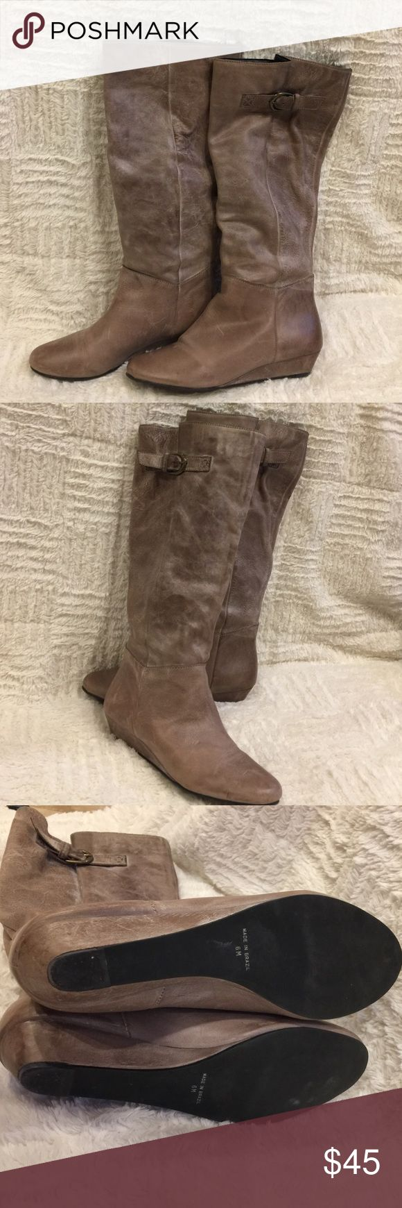 Steve Madden 'Intyce' grey leather boots Steve Madden 'Intyce' grey leather boots- 'like brand new' condition!!- feel free to make an offer! Steve Madden Shoes Winter & Rain Boots