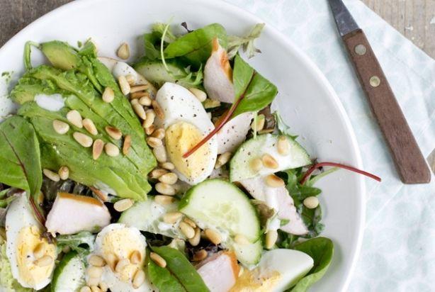 Groene salade met gerookte kipfilet