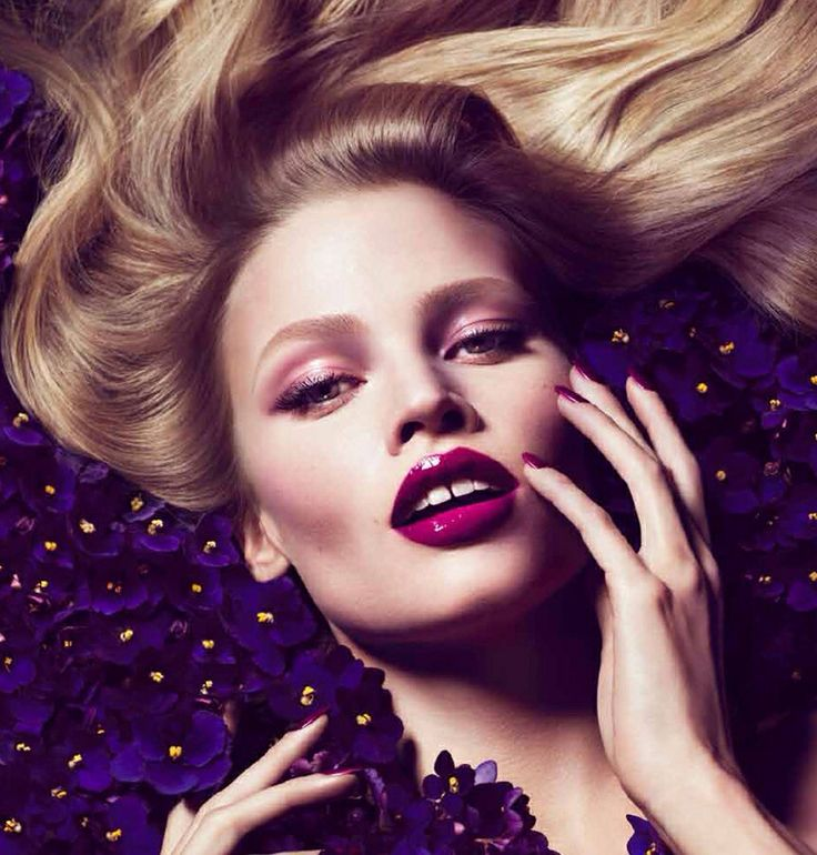 Violet Blonde Tom Ford-Lara Stone