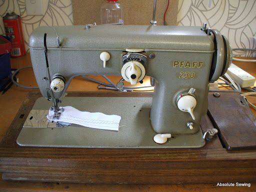 17 best images about pfaff sewing machine on pinterest industrial sewing machines industrial - Reparation machine a coudre pfaff ...