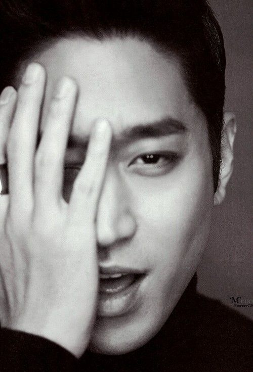 Most popular tags for this image include: eric, handsome, shinhwa, mun jung hyuk and korean men