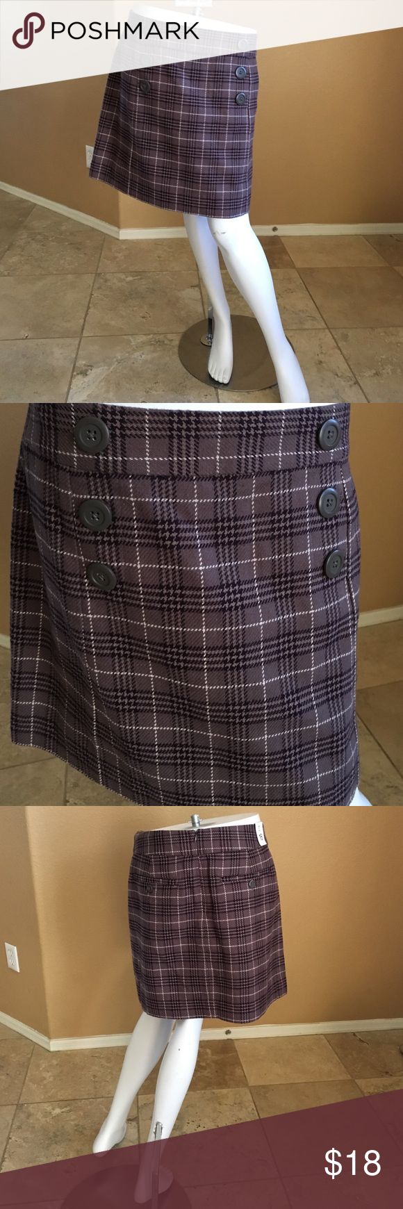 Gap Skirt! Gap Skirt with Plaid Look and Buttons! Size 16, NEVER WORN TAGS STILL ON! GAP Skirts Mini