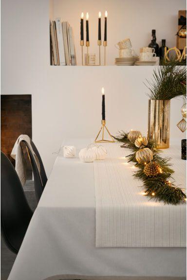 Блестящая дорожка на стол   H&M