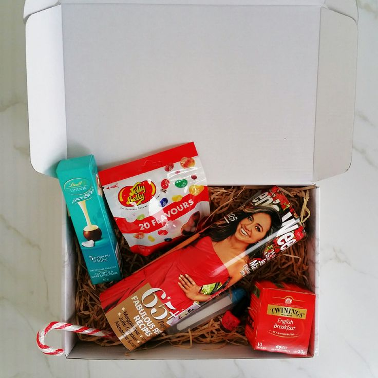Christmas Weekly Kitted up.  Who wouldn't love to get this package!  www.thegiftkitco.com.au