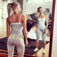 Programme de musculation complet pour les femmes. 4 jours d'entraînements et un jour de repos. Permet de se tonifier rapidement