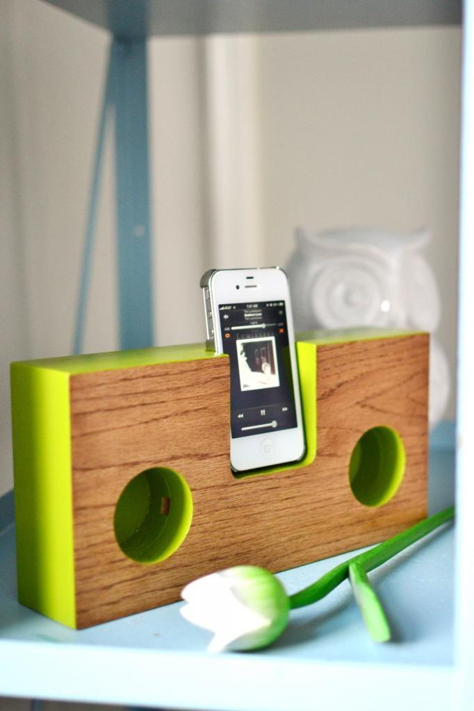 RedBirdBlue: Pinterest Challenge - Dock Box inspired iphone amp